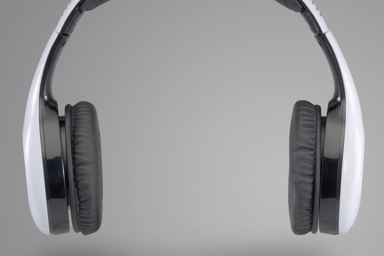 b0fce85efb2 How Loud Is Too Loud? - Midwest Ear, Nose & Throat